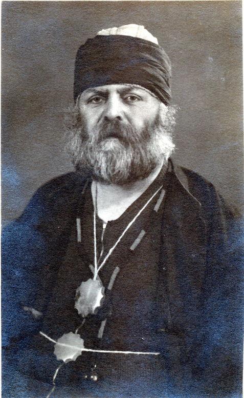 25 Hasan Tahsin Baspehlivan Merdivenkoy Bektasi Dergahi Son Postnisini Bektasi babasi